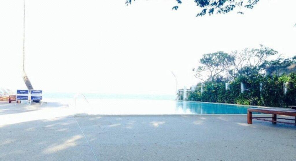 pool villa ติดทะเล